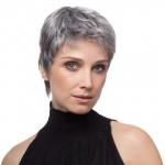 Kurz blond haare frisuren für frauen ab 50
