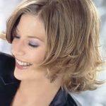 Frisuren Damen Mittellang Glatt