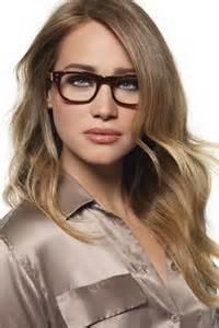 Frisuren Mittellang Stufig Mit Brille