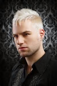Herren Frisur Kurz Blond