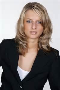 Frisuren Mittellang Gestuft Geeignet Für Geschäftsfrauen