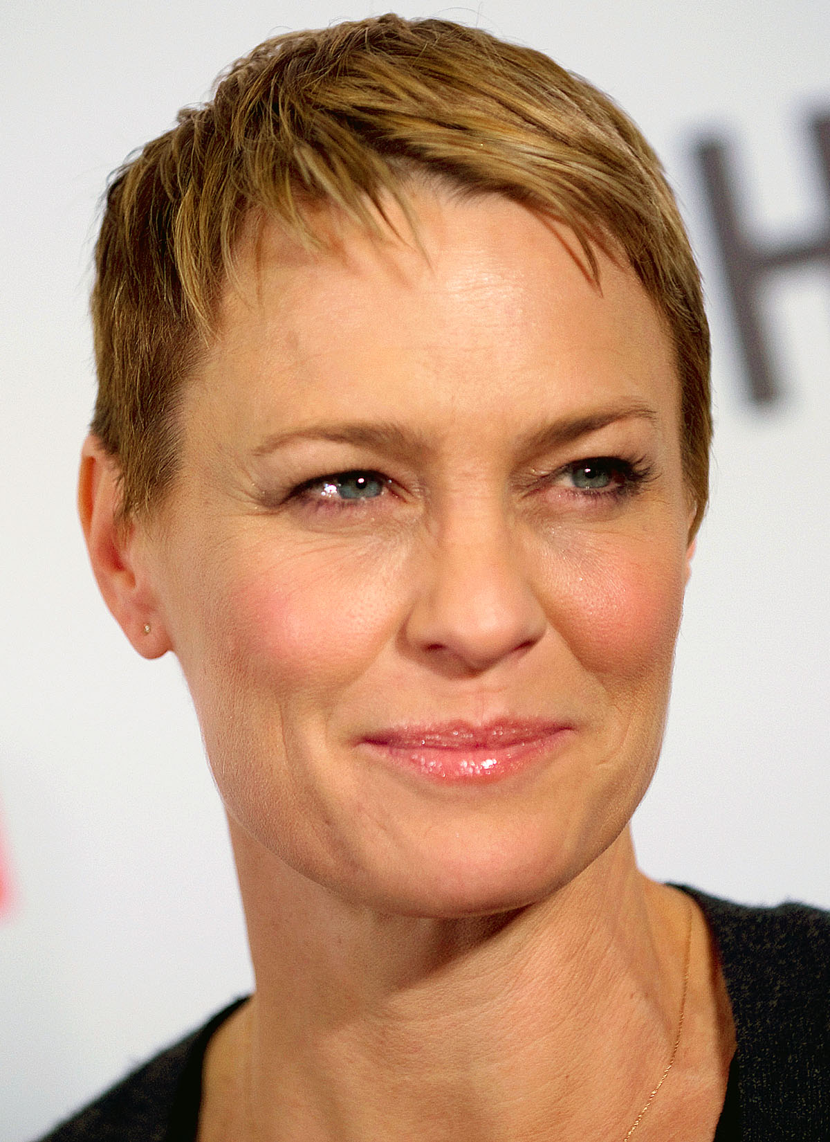 Cast Member Robin Wright Arrives At The Premiere Of Netflix's Television Series