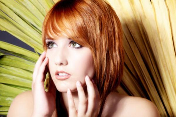 Frisuren Mittellang Gestuft Blond Eine Geeignete Frisur Auch Mit Roten Coloriertes Haar