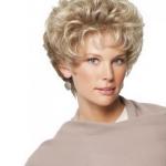 Frisur Damen Kurz Wunderschönen Blonden Haaren Für Ihr Haustier