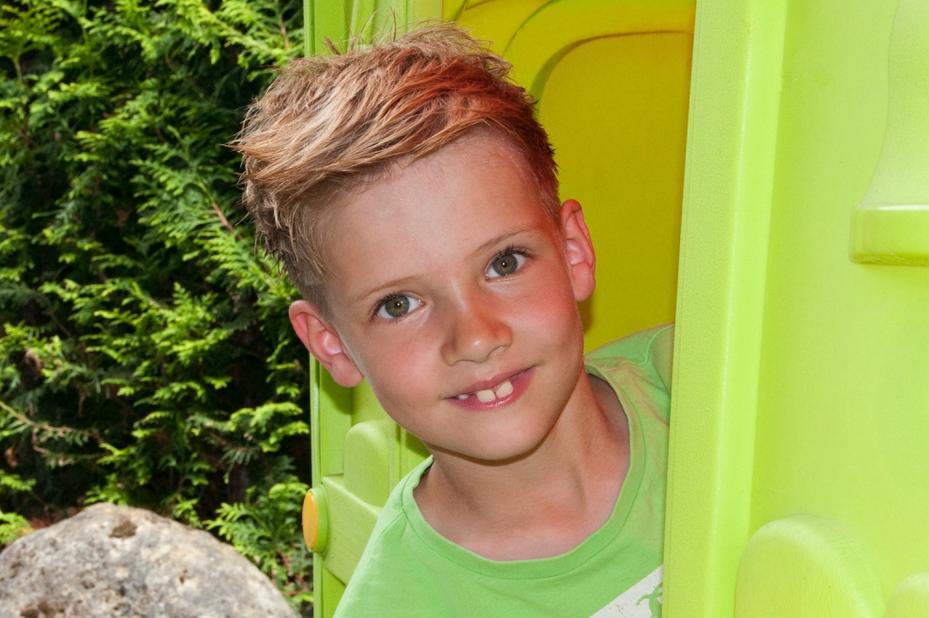Jungen Frisur Niedlichen Haar Und Niedlich Für Jungen Sie