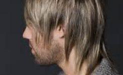 Hier Finden Sie Eine Seitenansicht Mittellange Frisuren Männer