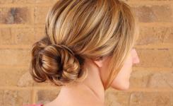 lassige-frisuren-fur-frauen-mittellang-haare-neuesten-trends-bilder-blonde-haare-lassig-stil-mit-verbindungen-nach-hinten
