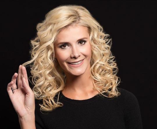 Permalink to Schöne frisuren mit locken schulterlange blond haare für ovales Gesicht