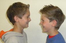 Frisur Jungs Nett Und Lustig, Dass Macht Den Eindruck, Heiter
