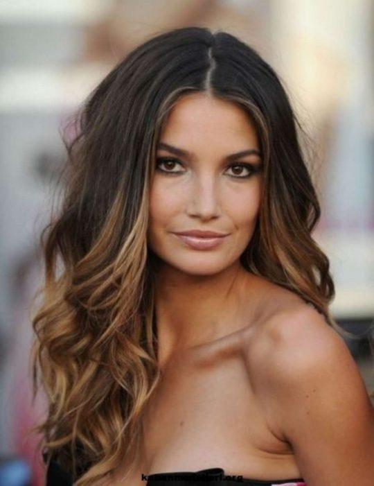 Permalink to Frisuren Stufig Mittellang Lange Haare Seite, Mitte Braun Farbe, Beliebt Und Neuesten Trend Nach