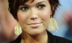 Mtv Trl With Mandy Moore